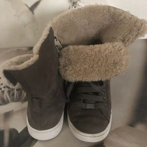 UGG Sneaker Boots